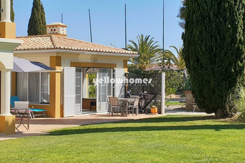 2+1 bedroom bungalow on Golf Resort near Carvoeiro